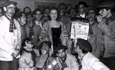 1959 Los tontos de pueblo