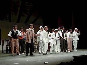 1999 Cantando bajito