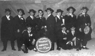 1965-los-amigos-de-la-capa